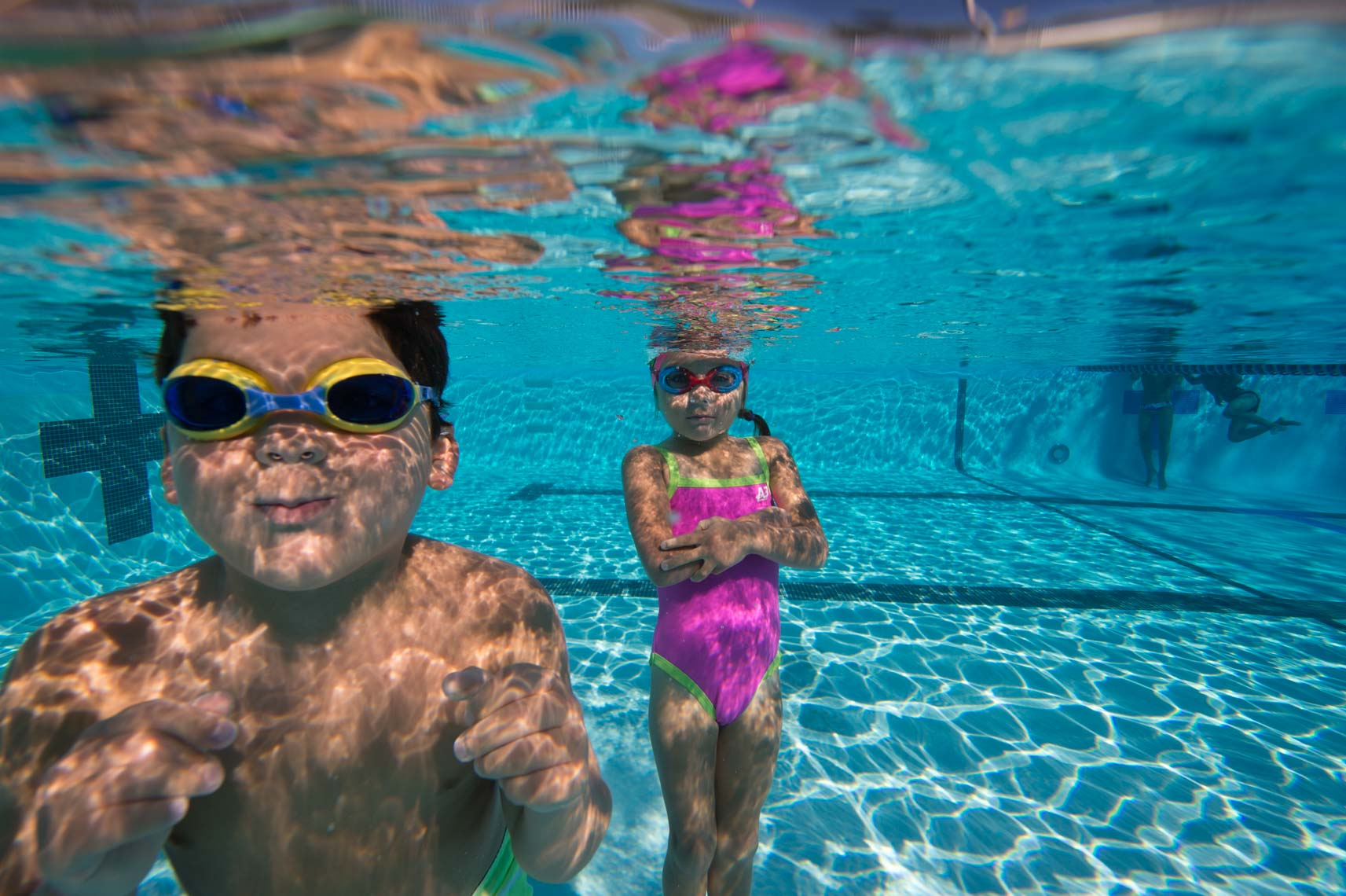 kids underwater swimming